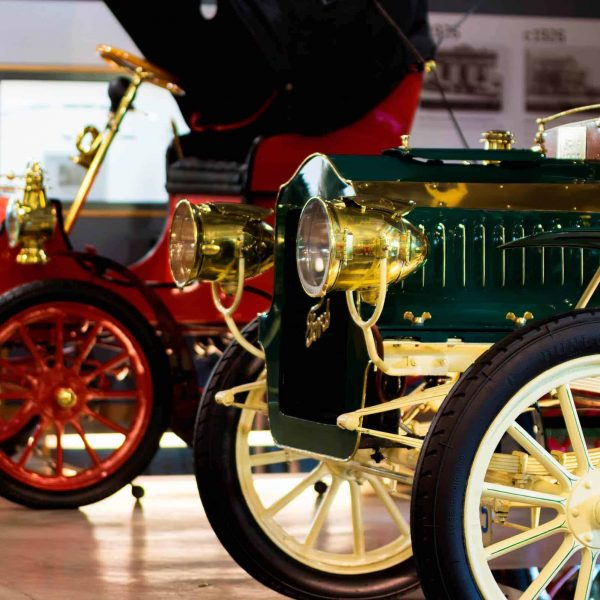 Waratah Wynyard Council - Ransley's Vintage Car Collection